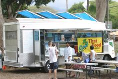 Looking for a taste of authentic Hawaii? Take a tour of Oahu lunch wagons, down-home restaurants on wheels. Food Truck For Sale, Trucks For Sale, Hawaii Life, Aloha Hawaii, Food Truck Catering, Food Trucks, Hawaii Adventures, Hot Dog Cart, Food Stands