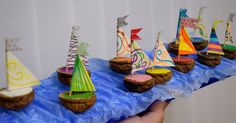 walnut shell boats.. dont know what i'd ever do with such a craft.. but its adorable!