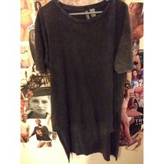 H & M extreme Hi Lo gray acid wash tee/tunic/dress BRAND NEW NEVER WORN NWOT H & M gray acid wash extreme hi Lo top. Is pretty long could be worn as a short dress for someone shorter... The back reaches about my knee. Size m but is def over sized. Super cute grungy look H&M Tops Tunics