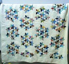 shopgoodwill.com: Lovely Vintage Quilt - Hand    Beautiful Quilt!
