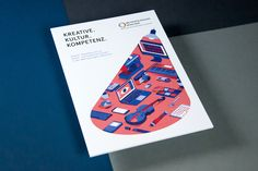 A brochure highlighting and discussing the results of the second data report on the cultural industry of the Munich Metropolitan Region. Magazine Layout Design, Book Design Layout, Print Layout, Book Cover Design, Design Poster, Print Design, Design Design, Brochure Cover Design, Library Posters