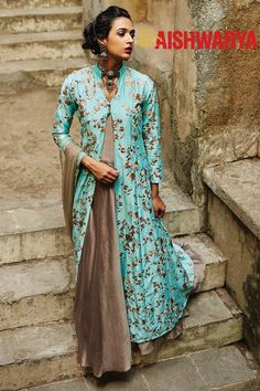 The best collection of designer salwar kameez. Buy this energetic embroidered and resham work net and satin silk designer suit. Designer Suits Online, Designer Salwar Suits, Designer Dresses, Gown Designer, Designer Anarkali, Designer Kurtis, Eid Outfits, Indian Outfits, Buy Salwar Kameez Online