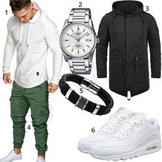 Street Style with White Hoodie and Jogg-Chino Urban Fashion, Look Fashion, New Fashion, Trendy Fashion, Suits And Sneakers, White Fashion Sneakers, Edgy Work Outfits, Gents Shoes, Herren Outfit