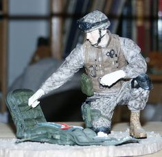 McFarlane, Navy Corpsman, Iraqi Freedom- brenton mentioned a friend a while back who had these around his house and a few he liked. Navy Corpsman, Military Figures, Ncis, Us Navy, Locker, Ww2, Freedom, Shelves, Models