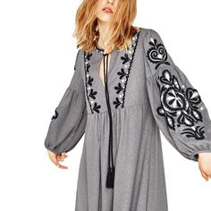Gray Bohemian Dress with Black and White Embroidery Trendy Dresses, Day Dresses, Casual Dresses, Midi Dresses, Hijab Fashion, Boho Fashion, Fashion Outfits, Beach Fashion, Trendy Outfits