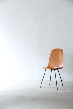 mid century chair | unplugged