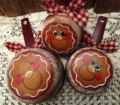 Gingerbread Hand Painted Set of 3 Metal Measuring Cups Kitchen Decor Christmas Paintings, Christmas Art, Christmas Projects, Winter Christmas, Christmas Ornaments, Gingerbread Ornaments, Gingerbread Decorations, Christmas Gingerbread, Christmas Decorations