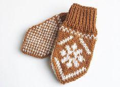 Ravelry: Snøblomstvotter / Snow Flower Mittens pattern by Tonje Haugli Kids Knitting Patterns, Knitting For Kids, Mittens Pattern, Crochet Pattern, Crochet Baby Blanket Beginner, Norwegian Knitting, Handmade Gifts For Friends, Crochet Baby Boots, Baby Mittens