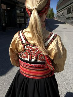 Russian Fashion, Russian Style, Folk Costume, Costumes, My Heritage, Traditional Outfits, Norway, Textiles, Culture