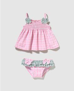 55c913f9d Culetín de bebe niña B con B de cuadros con camiseta Baños Para Niñas, Moda