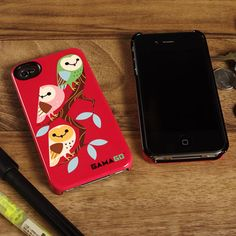 GAMA-GO iPhone 4 Deflector Tres Amig-owls  This phone case is part of a limited shipment of GAMAGO's partnership with UNCOMMON.   $34.95