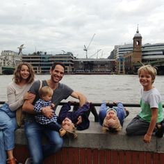 Watch out, there are wild monkeys loose on the South Bank! #familyphoto #Padgram