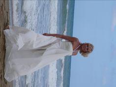 trochu otočené :) Helenka na pláži