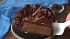 This Dark Chocolate Cheesecake is rich, creamy and full of dark chocolate! It's topped with a dark chocolate ganache for the ultimate chocolate cheesecake!#darkchocolate #cheesecake Cheesecake Crust, Cheesecake Toppings, Chocolate Cheesecake Recipes, Dark Chocolate Bar, Chocolate Ganache, Melting Chocolate, Challenge Butter, Butterscotch Cookies, Chocolate Shavings