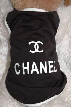 Chanel Black and White Doggy Tee Shirt .:BēLLäSFãSh!oN:.