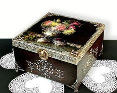 Tamaño medio Сhic cutre marrón caja de joyería por JoliefleurDeco