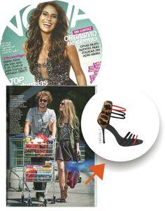 Clipping da nossa glove sandal na Revista NOVA. ;) #winter2014 #sandal #cristofoli