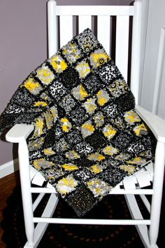 Check out this item in my Etsy shop https://www.etsy.com/listing/208434243/baby-b-rag-quilt