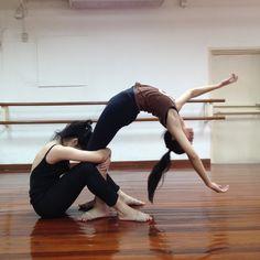 danceinbangkok: Contemporary dance class with Patrice Leroy at Aree School of Dance Arts, Bangkok, Thailand