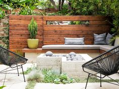 Ideas and designs for patios - check our photo gallery of beautiful patios, from small DIY projects to professionally designed outdoor rooms. Deck With Pergola, Pergola Shade, Pergola Patio, Backyard Patio, Pergola Ideas, Patio Ideas, Patio Roof, Pergola Kits, Rooftop Patio