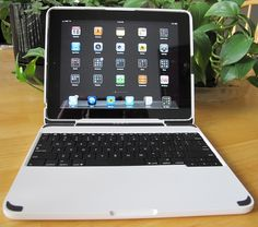 ClamCase Trooper Keyboard Case for iPad 2: Take Your Galaxy With You [Review, iPad Keyboard Case Week]