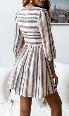 Details: Color block stripe print Pleated waist Half sleeves Round neckline Weight:210g Free Shipping FIT:Regular fitNo Stretch through fabricStandard sizingCotton / Polyester CM: S: Waist:74,Sleeve:44,Length:88,Bust:88M: Waist:79,Sleeve:45,Length:89,Bust:93L: Waist:85,Sleeve:46,Length:91,Bust:99XL: Waist:92,Sle