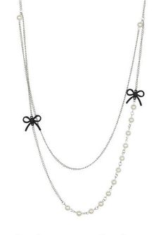Pearl Necklace With Bows