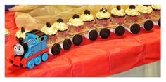 Excellent Photo of Cupcake Train Birthday Cakes . Cupcake Train Birthday Cakes How To Make A Cutesy Cupcake Train Life And All Things Love Train Birthday Cupcakes, Train Cupcakes, Cupcakes For Boys, 2nd Birthday, Birthday Ideas, Batman Birthday, Thomas Birthday Parties, Thomas The Train Birthday Party, Trains Birthday Party