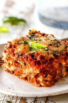 The Best Lasagna recipe that will end your search for the perfect lasagna! It's loaded with three layers of pasta, homemade Bolognese, creamy ricotta (with a secret trick), nutty Parmesan and gooey mozzarella cheese. Homemade Lasagna Recipes, Yummy Recipes, Homemade Meat Sauce, Best Lasagna Recipe, Beef Recipes, Pasta Recipes, Dinner Recipes, Yummy Food, Lasagna With Cottage Cheese