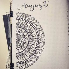 Mandala bullet journal layours to release your inner awesome! Bullet Journal August, Bullet Journal Key, Bullet Journal Ideas Pages, Bullet Journal Layout, Bullet Journal Inspiration, Mandala Doodle, Mandala Art Lesson, Mandala Tattoo, Mandalas Painting