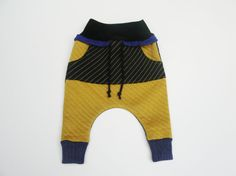 Kids Harem Pants Size Newborn - 5 Unisex dropped crotch sweatpants with Kangaroo Pocket