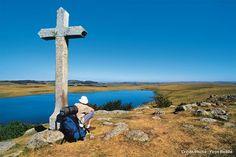 Le lac de Saint-Andéol près de Marchastel - Aubrac - Via Podiensis