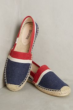 29 Espadrilles For Your Perfect Look This Winter - Women Shoes Styles & Design Pretty Shoes, Cute Shoes, Me Too Shoes, Striped Espadrilles, Shoe Wardrobe, Espadrille Shoes, Summer Shoes, Fall Shoes, Shoe Brands