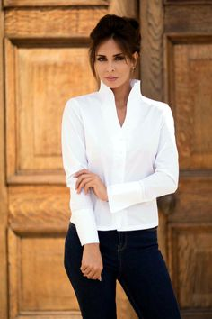 Perfekcija Shirts signature style PIPPA with its clean elegant lines and uniquely styled tulip neckline.