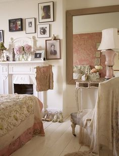 A girly boudoir is a wonderful place to spend some downtime and powder pink hues keep the mood serene. Some clothes are just too pretty to be hidden away in a wardrobe, so make them into artworks by showing them off on pretty hangers.