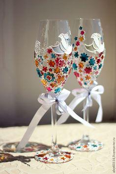 """Купить Свадебные бокалы """"Радужные птички"""" - свадьба, свадебные аксессуары, свадебные бокалы, Готовимся к свадьбе"""