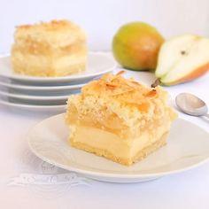 Ciasto z gruszkami i masą jogurtową Polish Recipes, Pavlova, No Bake Desserts, Cheesecake, Food And Drink, Cooking Recipes, Sweets, Baking, Fruit Cakes
