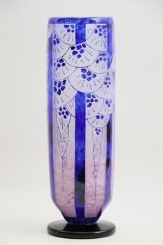 Buy online, view images and see past prices for Schneider - Le Verre Français / Charder. Invaluable is the world's largest marketplace for art, antiques, and collectibles. Art Deco Glass, France, Love Blue, Vases, Les Oeuvres, Art Nouveau, Modern, Perfume Bottles, Auction