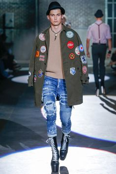 iron patches coat | Dsquared2 Spring 2017 Menswear Fashion Show