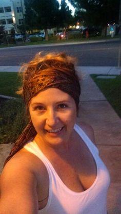 Loving the head scarf summer look!