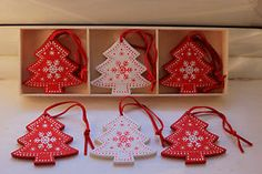 Red and White Wooden Tree Star Snowflake Hanging Decorations Vintage Christmas
