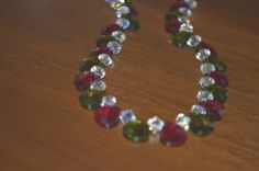 """Stunning Red and Green Crystal Tear Drop Holiday 20"""" Necklace (n10)"""