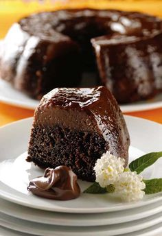 Visit this page to draw up better with the best taste ever tried nutella cake. By please, no cometas el grave error de no comerlo. Bolo Flan, Flan Cake, Food Cakes, Cupcake Cakes, Easy Cake Recipes, Sweet Recipes, Dessert Recipes, Just Desserts, Delicious Desserts