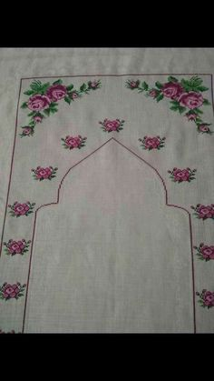 This post was discovered by Reyhan Pirinç. Discover (and save!) your own Posts on Unirazi. Prayer Rug, Embroidery Art, Handicraft, Decoupage, Diy And Crafts, Cross Stitch, Kids Rugs, Holiday Decor, Pattern