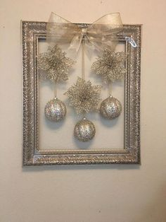 christmas decorations for sale in phoenix az - weihnachtsbasteln - noel Noel Christmas, Christmas Balls, Simple Christmas, Christmas Gifts, Christmas Ornaments, Diy Christmas Frames, Christmas Music, Christmas Staircase, White Christmas