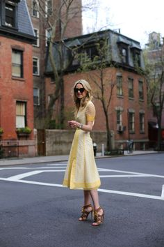 Blogger Blair Eadie of Atlantic Pacific wearing the Tory Burch Isidor Dress