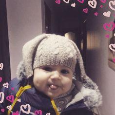 """13 Beğenme, 1 Yorum - Instagram'da Bernie Rain crochetbags (@bernie.rain): """"Çok yakismis güle güle kullanın😀#elyapımı #handmade#baby #bebekberesi"""""""