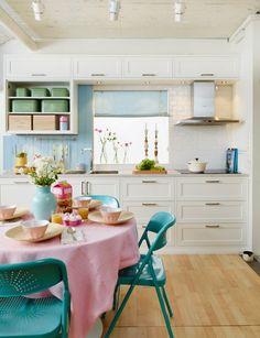 Via Sanna & Sania (interior design and styling blog)