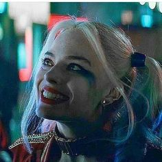 Why do you love her? @jaredleto @margotrobbie #jaredleto #margotrobbie #joker #thejoker #harleyquinn #suicidésquad #suicidsquad #caradelevingne #pokemon #instagood #cute #movie #film #маргоробби #джаредлето #джокер #харликвинн #отрядсамоубийц #комиксы #марвел #comics #dccomics #marvel #dc #celebrity #знаменитости #лучшее #actors #beautiful #караделевинь