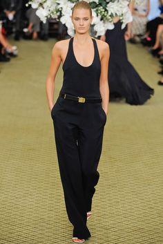 Bill Blass Spring 2012 Ready-to-Wear Fashion Show - Constance Jablonski